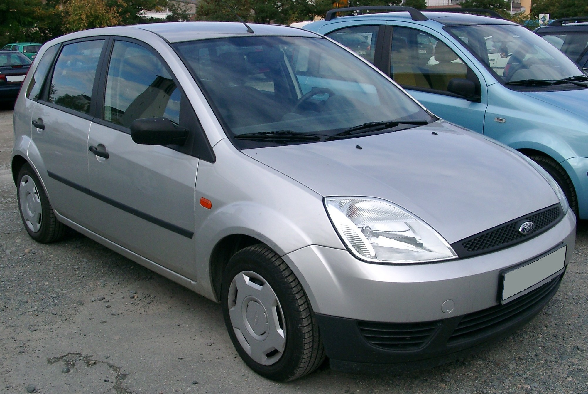 Ford_Fiesta_MK6_front_20070926